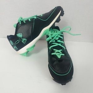 Under Armour size 9 Black & Mint Softball Cleats